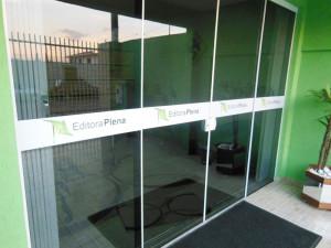 vitrine-014-paidosadesivos