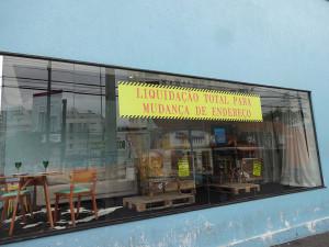 vitrine-decormade-paidosadesivoscuritiba