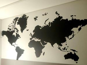 adesivo-parede-mapa-mundi-preto-paidosadesivos