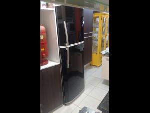 geladeira-adesivoblackpiano-paidosadesivos